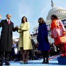 BARACK OBAMA IS SWORN IN AS 44TH PRESIDENT JANUARY 20, 2009 8X10 PHOTO (ZY-635)