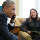 BARACK OBAMA ON PHONE w/ PERSON WHO BENEFITED FROM ACA - 8X10 PHOTO (ZY-520)