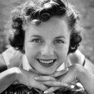 DEBBIE REYNOLDS LEGENDARY ACTRESS - 8X10 PUBLICITY PHOTO (ZY-678)