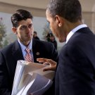 BARACK OBAMA SPEAKS WITH PAUL RYAN DURING 2010 MEETING - 8X10 PHOTO (ZY-580)