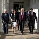 PRESIDENT DONALD TRUMP WITH MIKE PENCE, NIKKI HALEY & MARCO RUBIO 8X10 PHOTO (ZY-732)