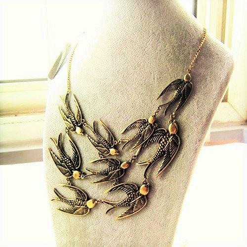 Boho Multilayer Vintage Antique Bronze Flying Swallows Sparrow Birds Pendant Bib Statement Necklace