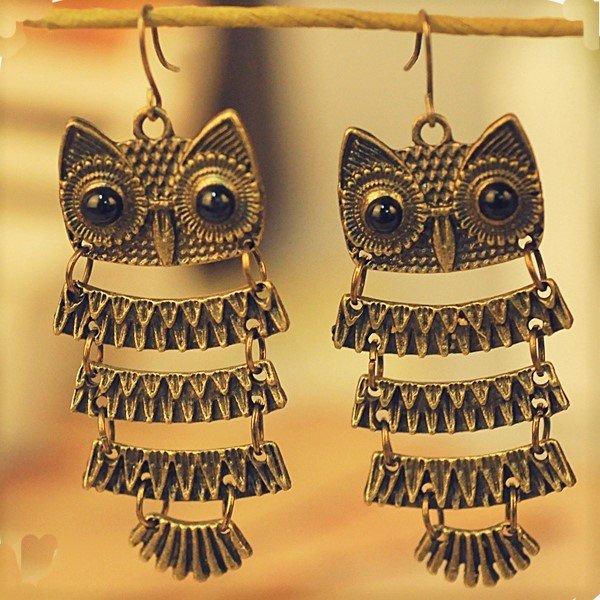 Beautiful Exotic Retro Vintage Antique Bronze Owl Pendant Dangle Earrings