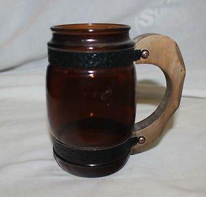 1 Vintage Siesta Ware barrel mug. No design.