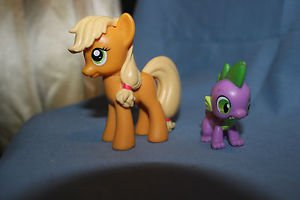 My Little Pony G4. 2010 Applejack & Spike from Friendship is Magic gift set.