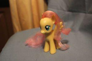 My Little Pony G4 3.5 inch tall. Fluttershy Pegasus single. Open eye, no tinsel