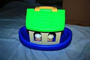 Vintage 2 Little Tikes little people and Noah's ark boat - no animals.