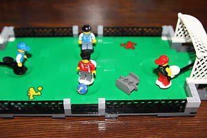 Lego retired Street Soccer 3570. 100% complete w instructions, box, 4 minifigs