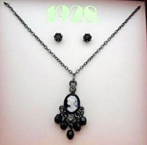 1928 Jewelry Tiny Cameo Necklace w/ Post Style Earrings NIB