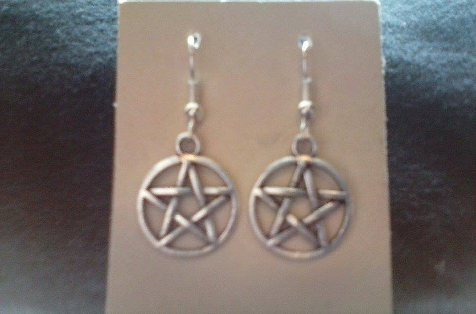 NEW Silver Tone PENTACLE Earrings -- Drophook - Pagan, Wiccan