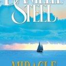 Miracle [Paperback] [Jul 03, 2006] Danielle Steel