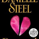 Betrayal: A Novel [Paperback] [Mar 27, 2012] Steel, Danielle