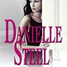 Loving [Paperback] [Mar 06, 2008] Danielle Steel
