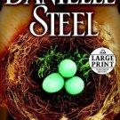 Family Ties: A Novel [Jun 29, 2010] Steel, Danielle