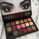 Huda Beauty 18 Color Matte Shimmer palette
