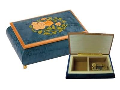 Wooden music jewelery box