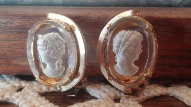 Vintage Clear Carved Cameo Earrings Clip On Style Gold Tone