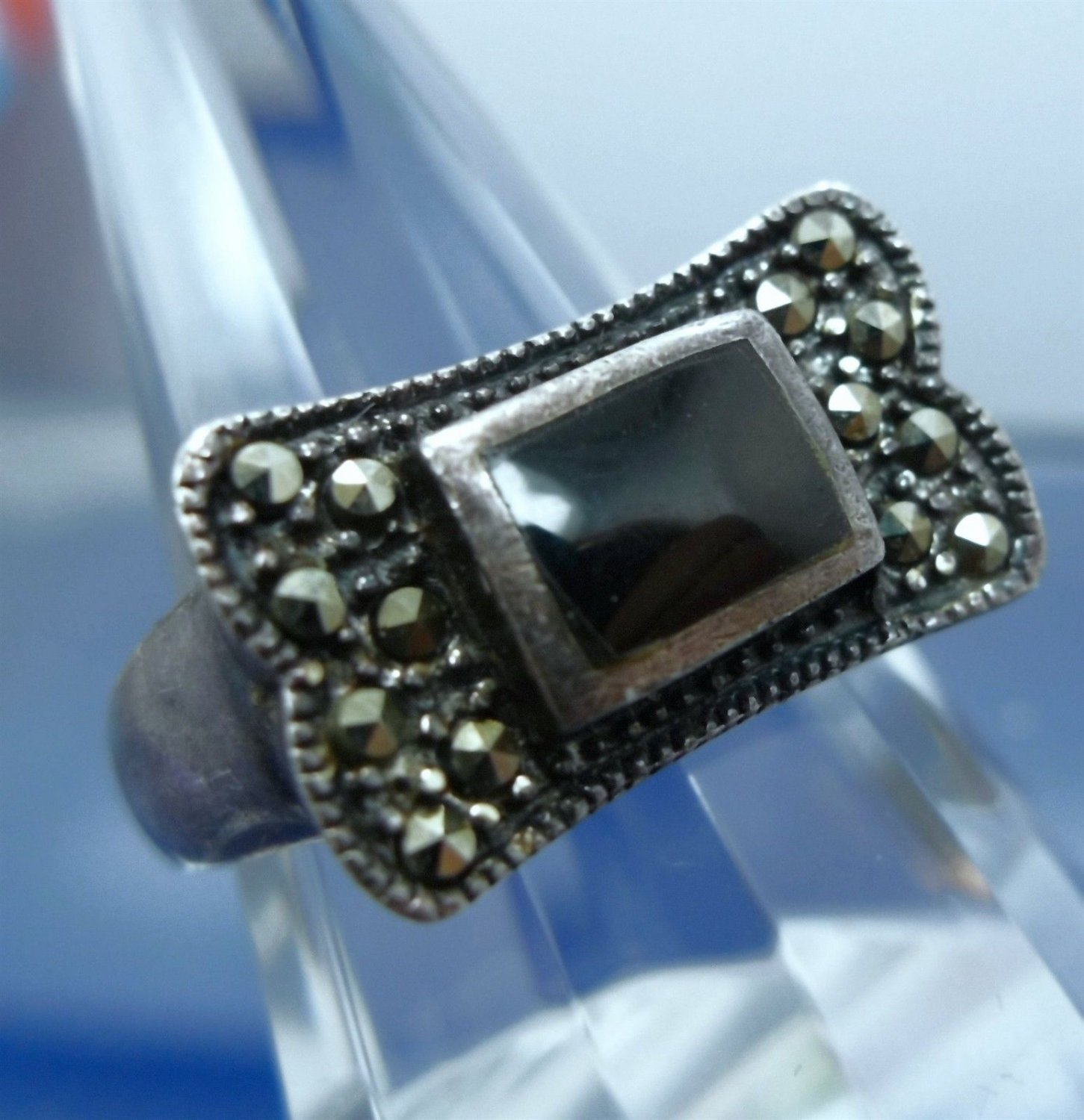 Size 8 Ring : sterling 925 silver (1) Onyx & (14) Marcasite LOTS OF PATINA