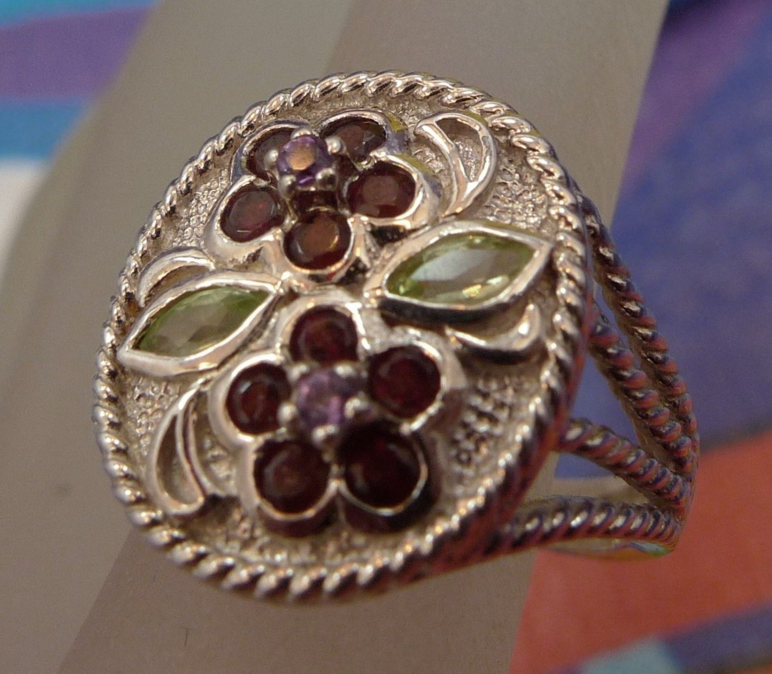 Size 5.5 Ring : Sterling Twisted Cable Setting Gemstone Flower Silpada ? Thailan