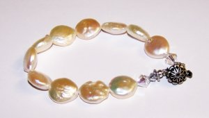 Creme Coin Pearl and Swarovski Crystal Box Clasp Bracelet
