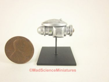 Miniature Spaceship Model Mad Science D155 Dollhouse 1:12 Scale Model Starship Science Fiction UFO