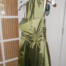 Party dress baloon style, emerald color size 4