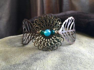 Beautiful leaf bracelet 1