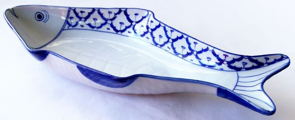"CERAMIC Fish Shaped PLATE Smiling ASIAN Blue & White PLATTER 15.5""x7"" MICROWAVE"