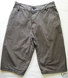 NIKE Boy Shorts Size XL 18 Black & Light Gray STRIPED SHORTS Boys Size 18 XL