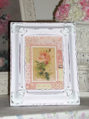 Small Patchwork Quilt Pink Rose Print in Shabby Vinatge Frame
