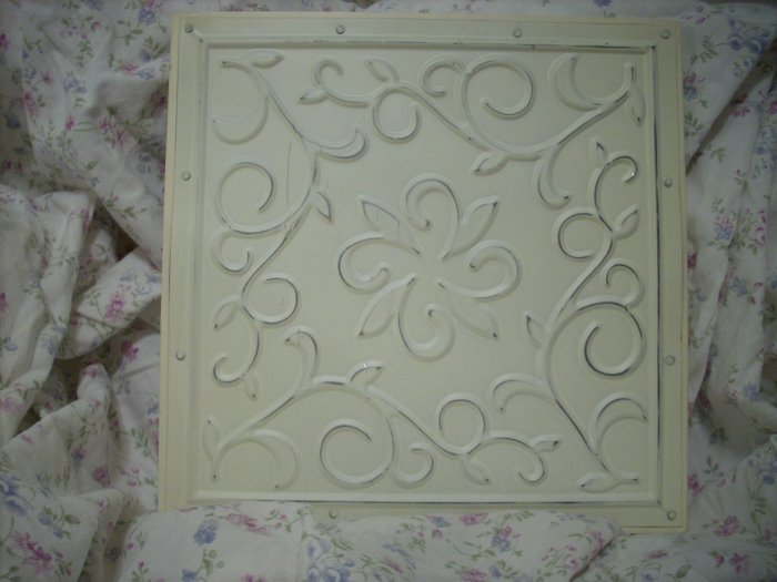 Chic n shabby metal ceiling tile wall hanging for Shabby chic wall tiles