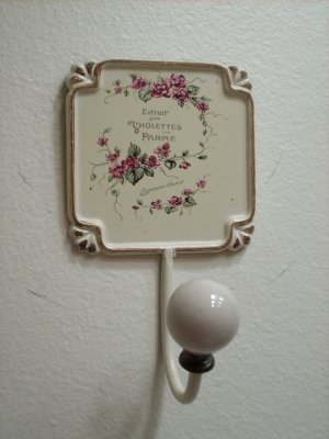 Paris Chic Metal Wall Hook Accented With Glass Knob