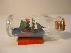 New Vintage Small Glass Ship in Bottle with Cork n152