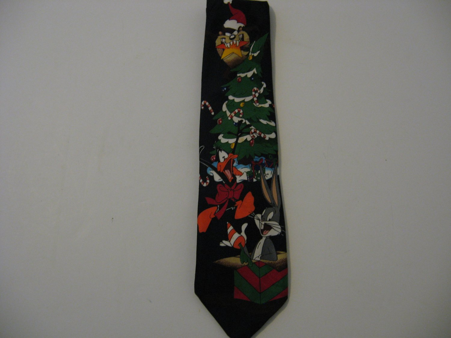 Vintage 1996 Looney Christmas Tie - Bugs Bunny, Daffy Duck and Taz!