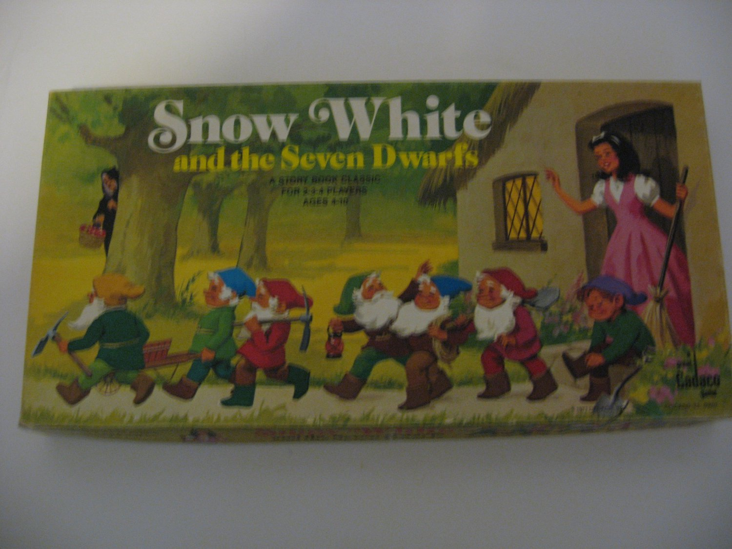 Vintage 1977 Cadaco Snow White & The Seven Dwarfs Game