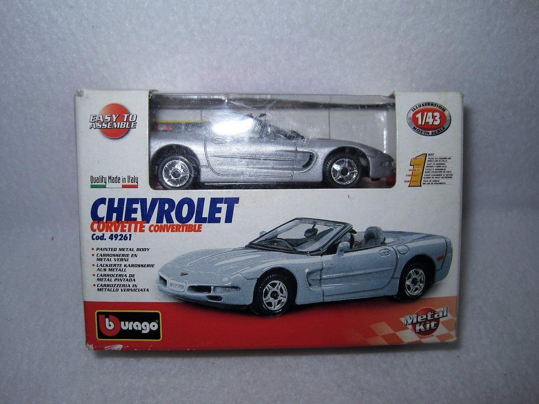 Bburago-Chevrolet Corvette Convertible 49261 - 1:43 Scale - Silver