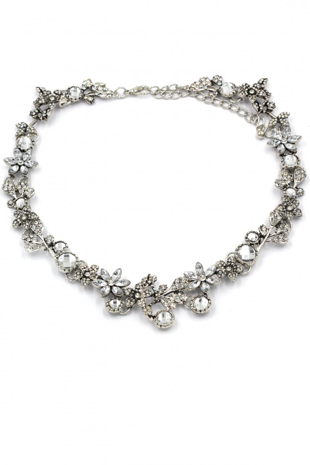 Pretty wreath crystal silver necklace