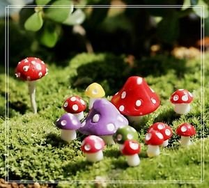 10 Random Mushroom Figure Fairy Garden Accessories, Miniature Fairies Dollhouse