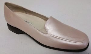 Munro American Womens Loafers Slip On Shoes Pearl Champagne Leather size 8 N