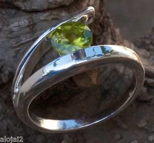 Solid Sterling Silver 92.5% Ring Gemstone Peridot  size 7.00  Solitaire  (704)