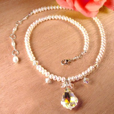 Swarovski Crystal and White Pearl Necklace - N261