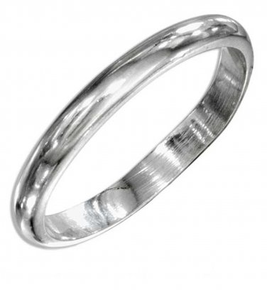 Classic and affordable Sterling Silver Wedding Band Size 7