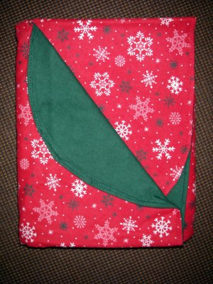 """Double Flannel Blanket - Old Fashioned Christmas Snowflakes - 52"""" x 40"""""""