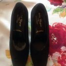 EUC Robert Clergerie Black Suede Pumps SZ 7.5 Made in France