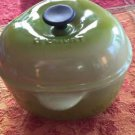 LE CREUSET 9.5 OZ INDIVIDUAL PETITE GREEN APPLE COQUETTE WITH LID