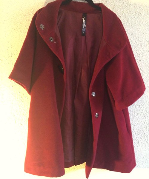 PRE-OWNED EUC PRIORITIES Red Jacket Cropped Sleeves SZ Small