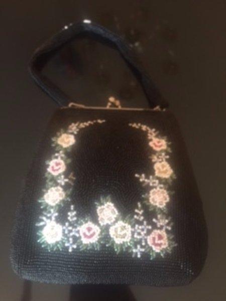 VTG Black Beaded Clutch Evening Bag Purse White Bead Floral Design Satin Lined
