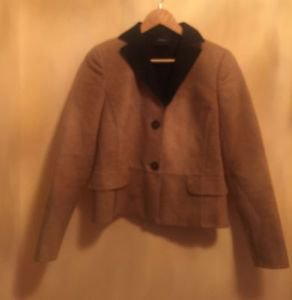 EUC AKRIS 100% Cashmere Tan w/ Gray Collar Women's Bomber Jacket SZ 6