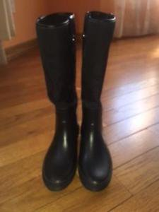 Pre-owned COACH Black Rain Boots Rubber Sole SZ 7M