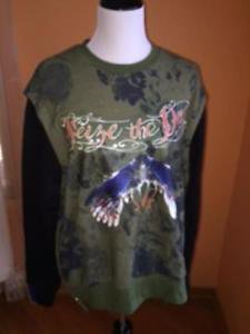 EUC PREEN Thornton Bregazzi Green Sweatshirt Zippers Seize the Day SZ M